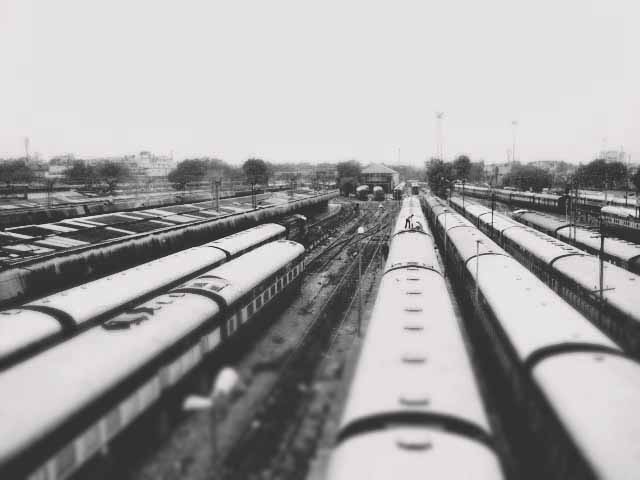 trains copy